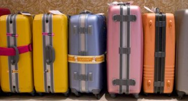Baggage with Ryanair: prices, weights, dimensions