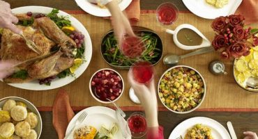 VizEat Thanksgiving: hooking tavelers up with locals hosts for home cooked meals