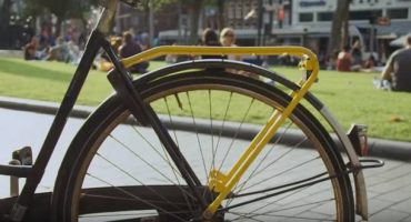 Hop on – free backy rides in Amsterdam