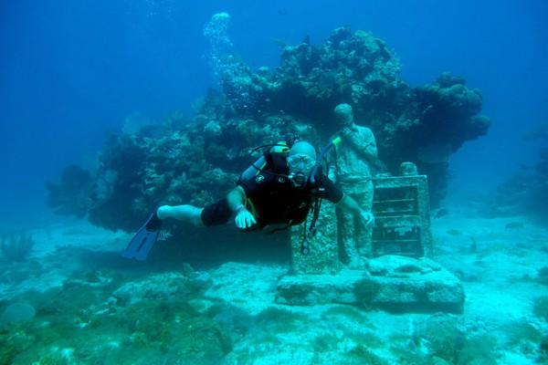 cancun-underwater