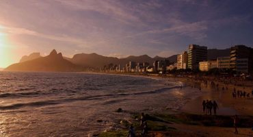 Brazil waives visa for US travelers this summer