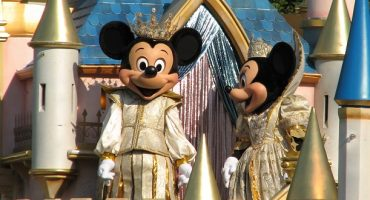 It's time to open up the gates at Shanghai Disneyland!
