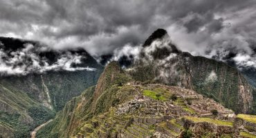 Tourist dies trying to take selfie at Machu Picchu