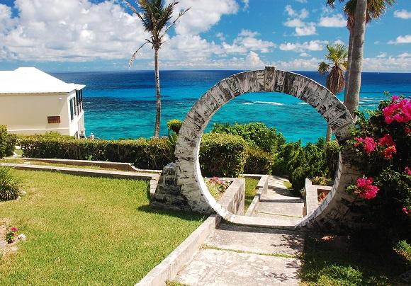 Moon gate in Bermuda