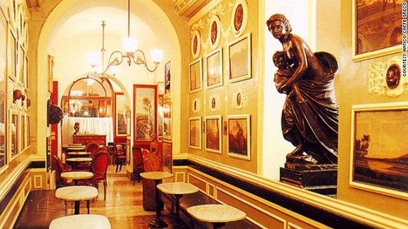 Antico Caffe Greco in Rome