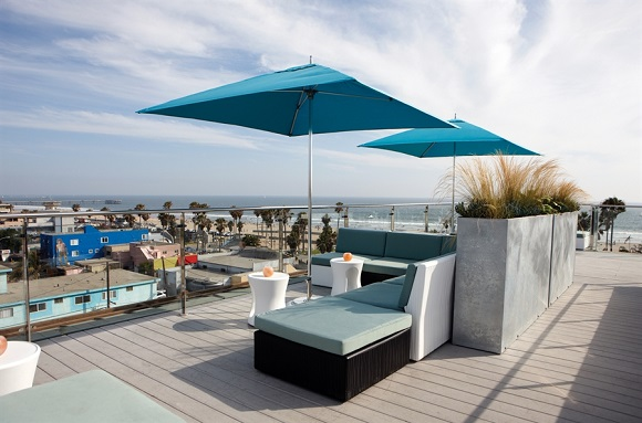 High Rooftop Lounge in LA