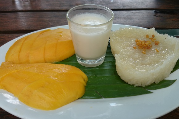 Vegetarian mango sticky rice in Thailand