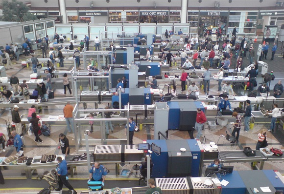 Airport security TSA lines flying