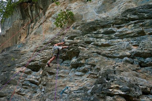 Rock climbing Thailand Planet D