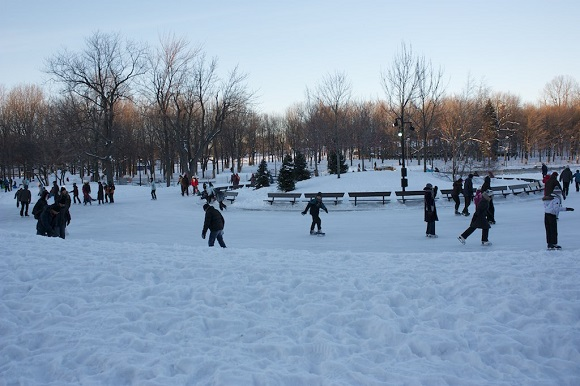 Ice skating Lac aux Castors Montreal
