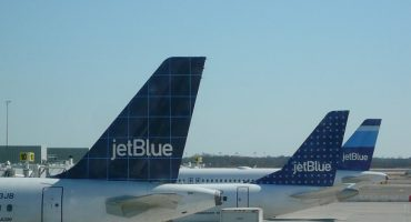 jetBlue Is Celebrating Christmas With 12 Days Of Deals