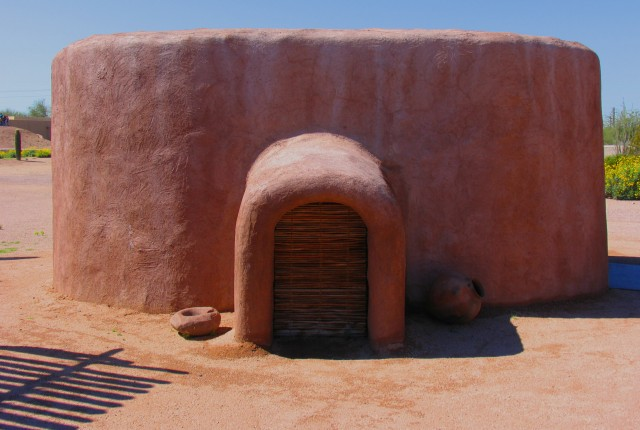 Dwelling_at_Pueblo_Grande_Museum