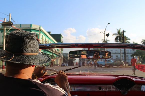 Old car tour Havana