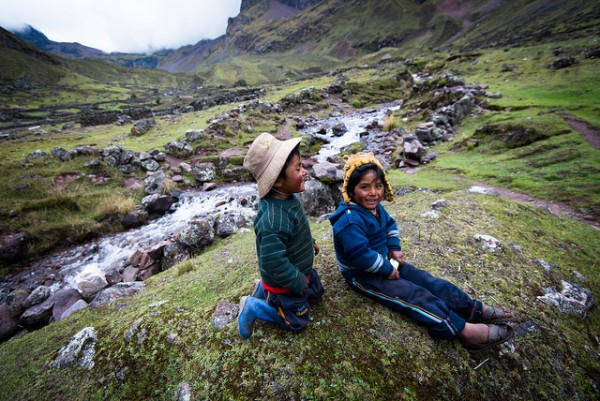 Brothers Lares Valley