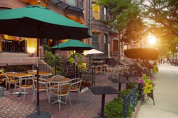 Outdoor Café in Boston